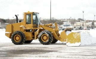 Snow Plow Safety: Parking Lots (#920)